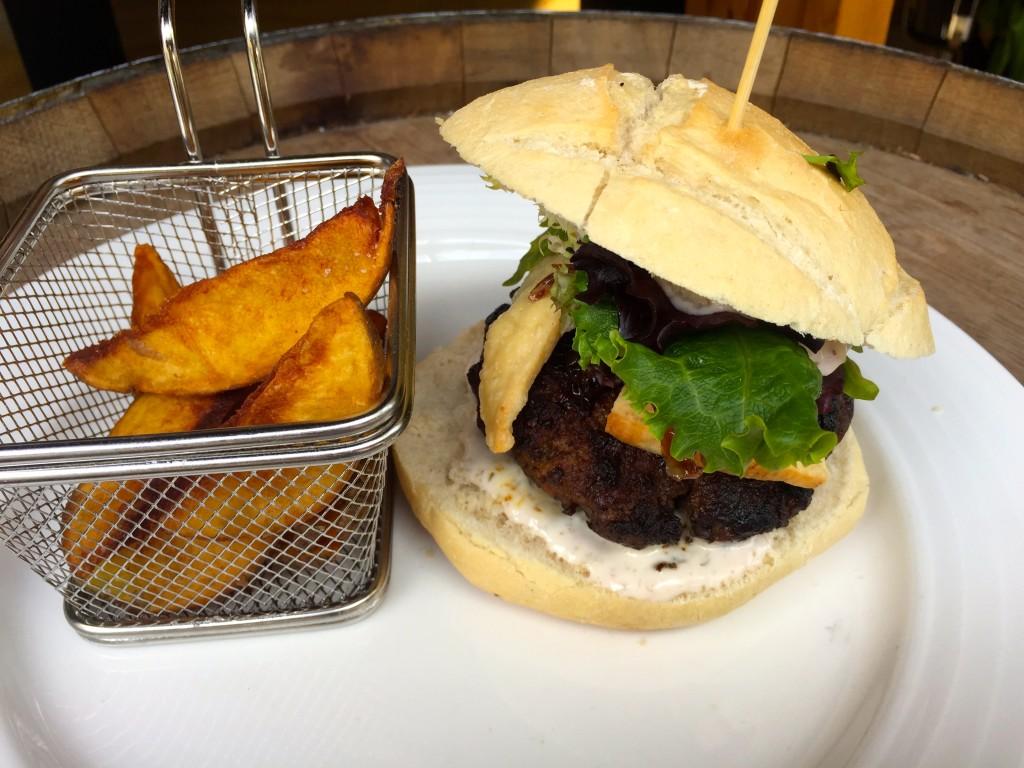 Angus-Burger in der Reserva Iberica