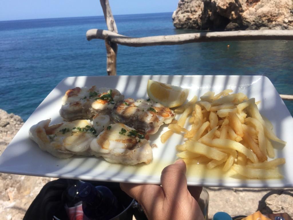 Fisch im Ca's Patro March, Cala Deia