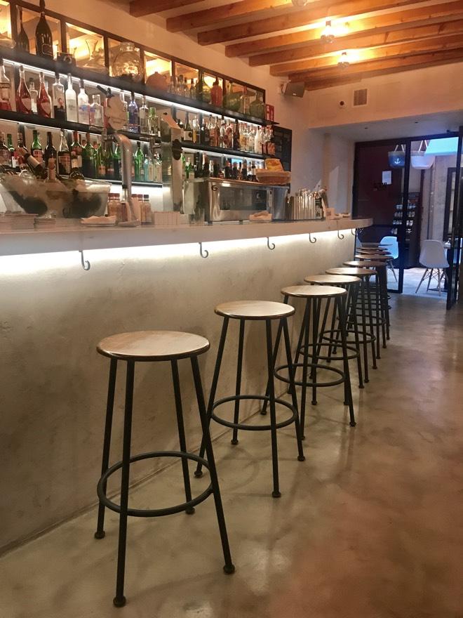 Theke in der Boca Calle Bar