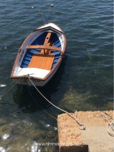 Boot im Hafen von Porto Petro