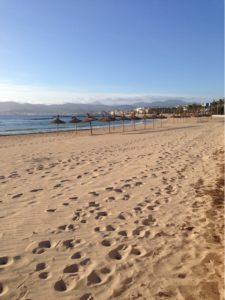 Strand im Herbst auf Mallorca