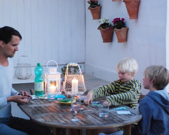 Spieleabend mit Kindern auf Mallorca bei annikaoninsta