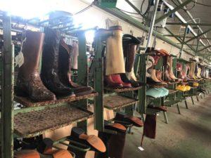 Tony Mora Boots Produktion