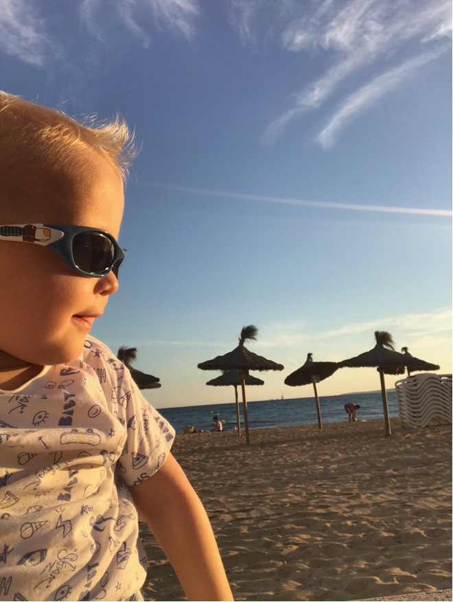 Vincent am Strand von Molinar