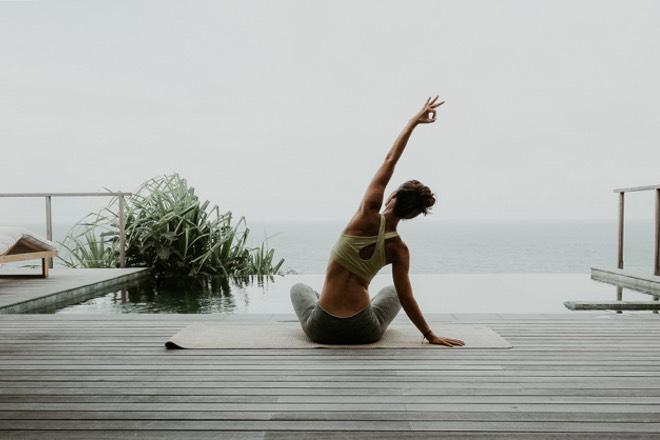 Yoga auf Mallorca mit Jeanette Fuchs und Jana Riedel