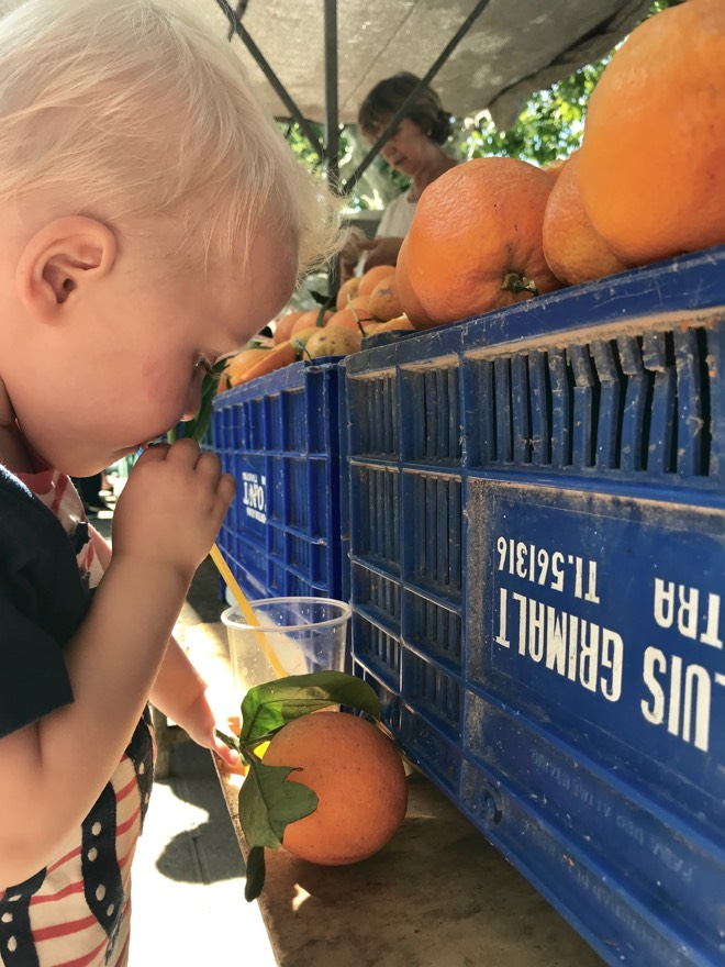 Marktbesuch auf Mallorca mit Kindern