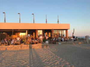 Assaona Beachclub abends
