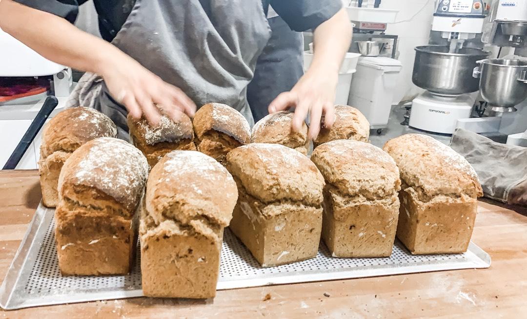 Frisches Brot bei Palma Bread