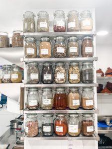 Küche im Maure Cantina in Palma