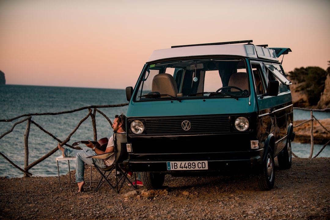 Vanlife mit Camper auf Mallorca mit Lazy Bus