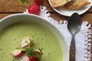 Rezept für Suppe aus Radieschengrün