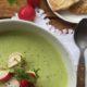Schaumsüppchen aus Radieschengrün - für Freunde der kleinen roten Knolle!